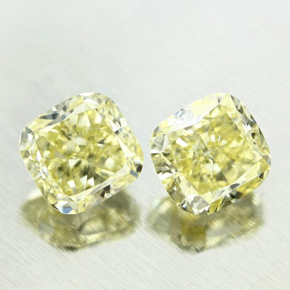 2.23 Carat Cushion Loose Diamond, Fancy Yellow, VS1, Excellent, GIA Certified | Thumbnail